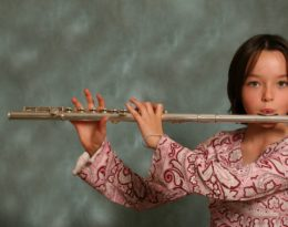 MANHATTAN MUSIC LESSONS BRING MAGIC TO THE FLUTE