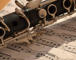 IT IS ALL SET: PLAY THE CLARINET!