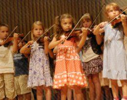Children Playing Violin Suzuki Institute